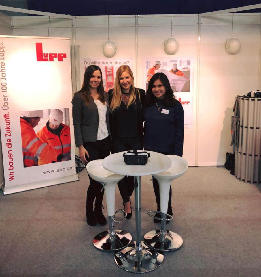 Lupp Messeteam präsentiert sich mit VR-Brille